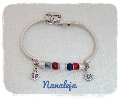 Pulsera marinera con resinas azules y rojas