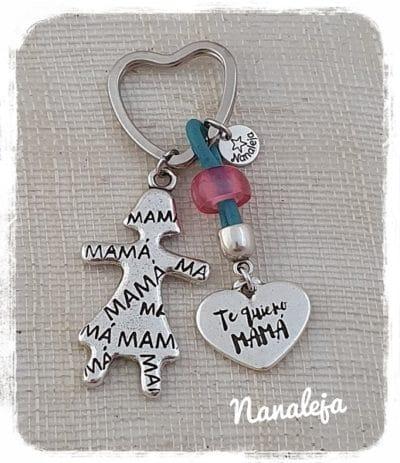 Llavero muñeca mamá con corazón te quiero mamá